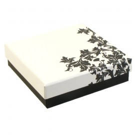 White/Black Floria Pendant Presentation Gift Box