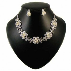 Pearl & Swarovski Crystal Flower Cluster Necklace Set