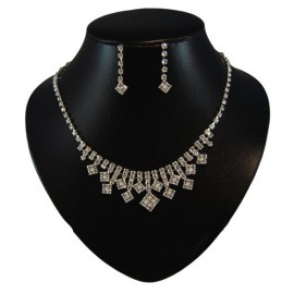 Diamante Diamond Centred Necklace Set